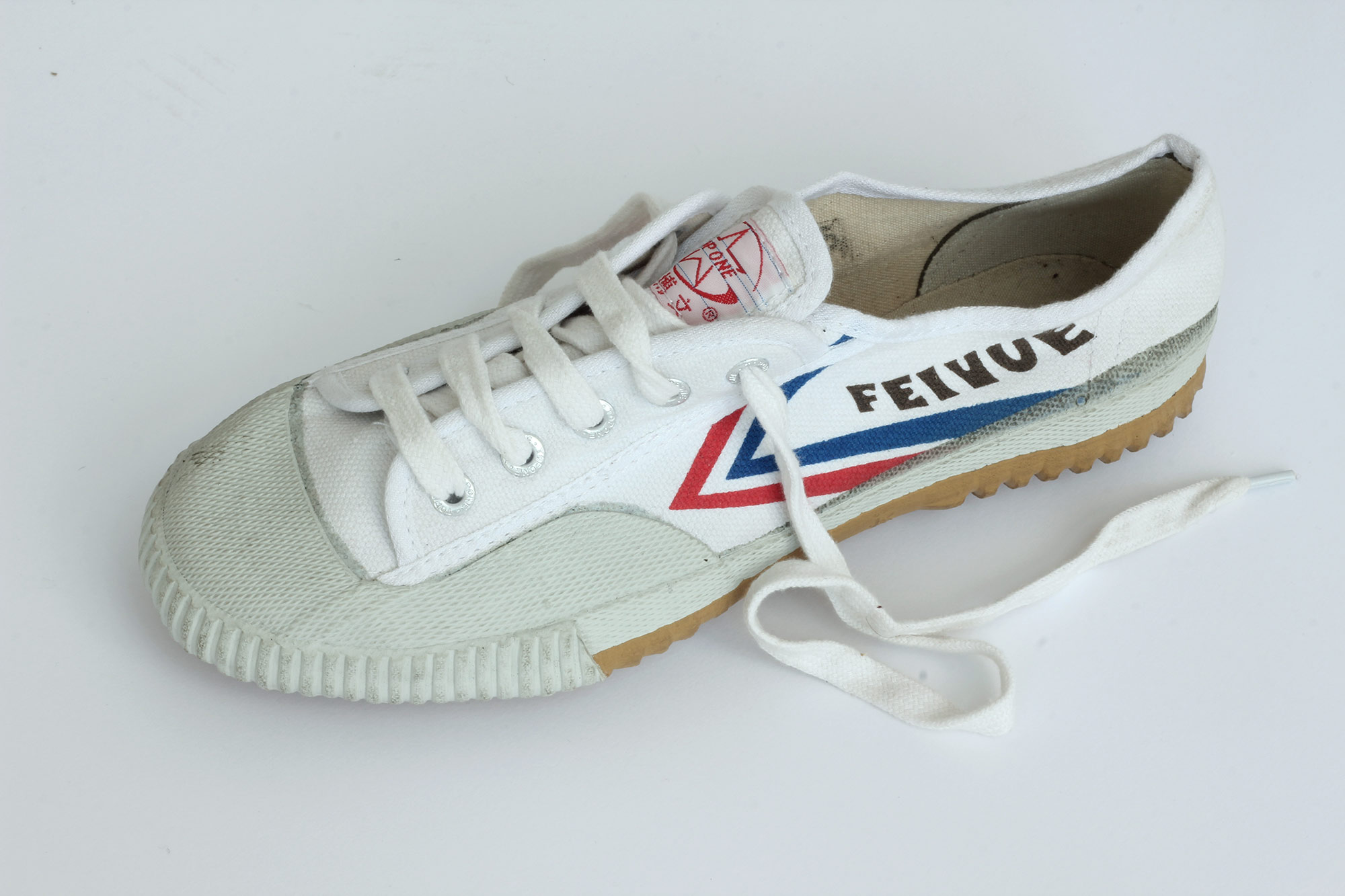 The original Feiyue shoe, no longer produced since the Chinese Top One company went bankrupt in 2008